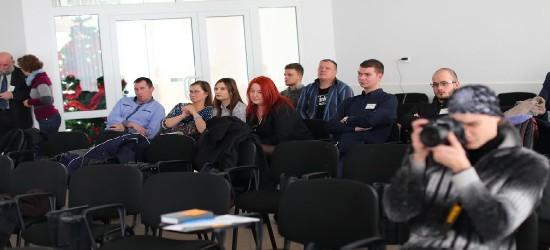 PWSZ SANOK: Studenckie debaty o mediach i społeczeństwie
