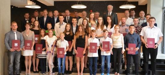 Burmistrz nagrodził 45 sportowców