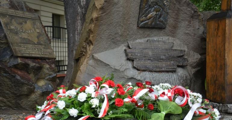 Dzień Sybiraka w Jaśle – cześć ofiarom nieludzkiej ziemi (ZDJĘCIA)
