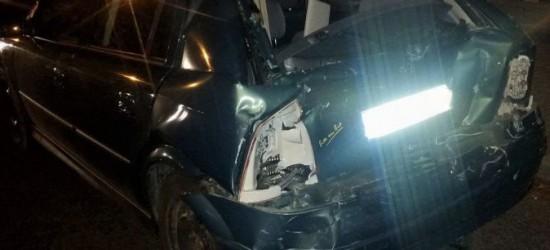 WYPADEK NA LWOWSKIEJ w JAŚLE: Do szpitala przewieziono pasażerkę opla oraz jej półtoraroczną córkę (ZDJĘCIA)