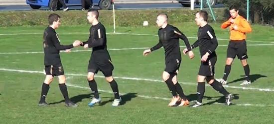 CZARNI JASŁO: Remis w Tarnawie. Bramka w ostatnich sekundach meczu odbiera zwycięstwo (SKRÓT MECZU)