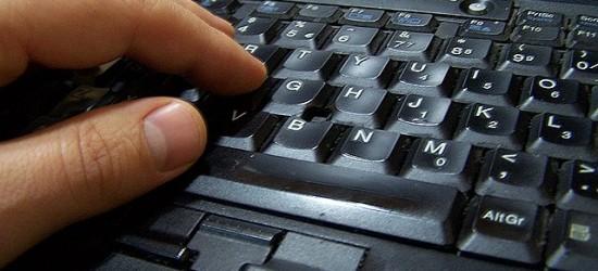 Zwiększa się liczba oszukanych podczas internetowych zakupów