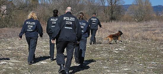 Berlińskie psy brały udział w poszukiwaniu ciała zaginionej (FILM, ZDJĘCIA)