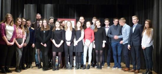 Młodzi o młodości w literaturze – konkurs recytatorski w MDK w Jaśle (ZDJĘCIA)