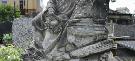 Są pieniądze na renowacje grobu nieznanej Zosieńki!