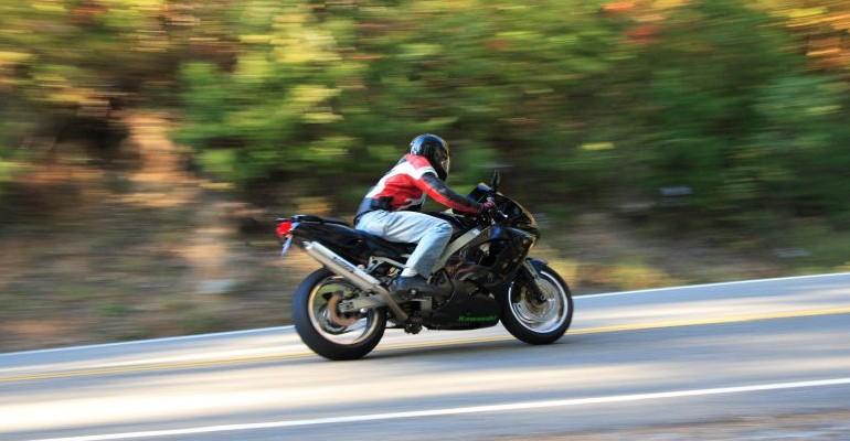 Motocyklisto! Uważaj na drodze