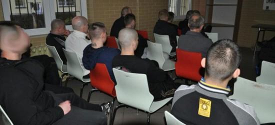 Osadzeni z Zakładu Karnego w Jaśle biorą udział w Dyskusyjnym Klubie Filmowym