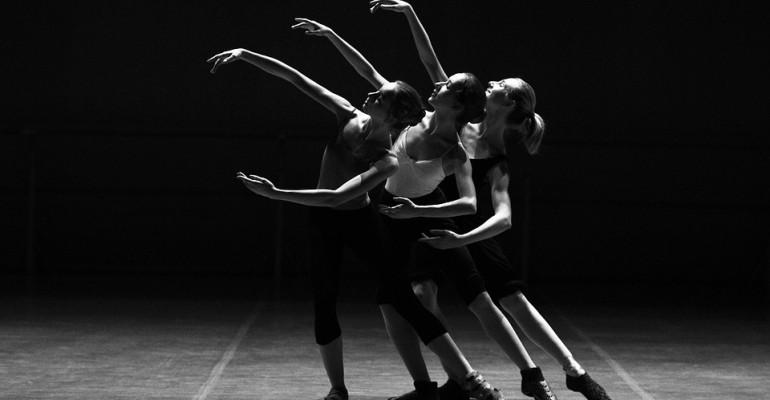 Koncert tańca w wykonaniu uczestników sekcji MDK