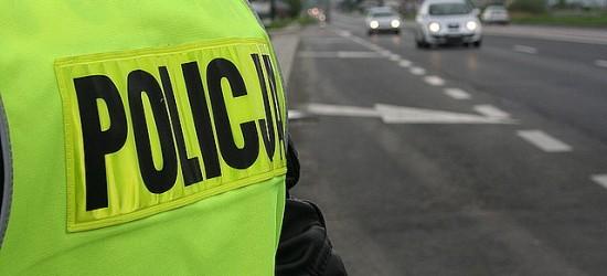Policjanci przyglądają się dziś zachowaniu kierowców wobec pieszych