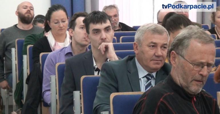 """""""Na pograniczach kultur i narodów"""". Konferencja w PWSZ (FILM)"""